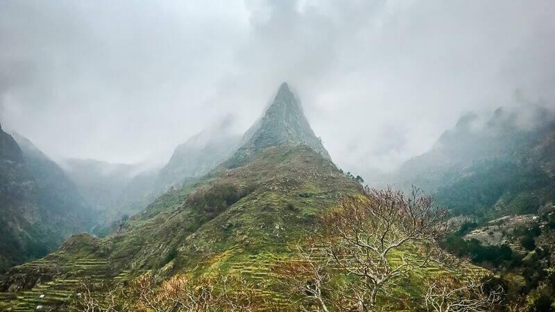 Portugal Madeira Sehenswürdigkeiten Berg Hügel
