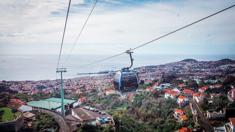 Portugal Madeira Sehenswürdigkeiten Funchal Seilbahn Monte