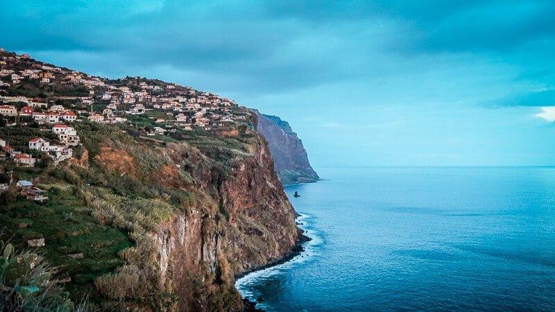 Portugal Madeira Sehenswürdigkeiten Steilküste