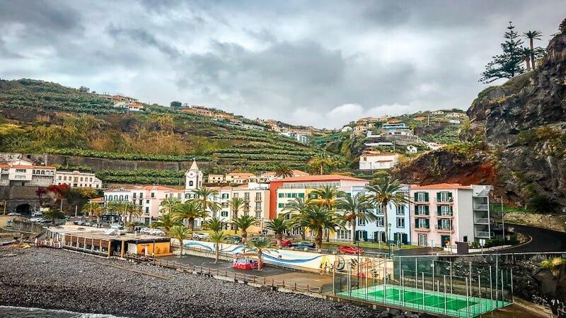 Portugal Madeira Sehenswürdigkeiten Ponta do Sol Strand