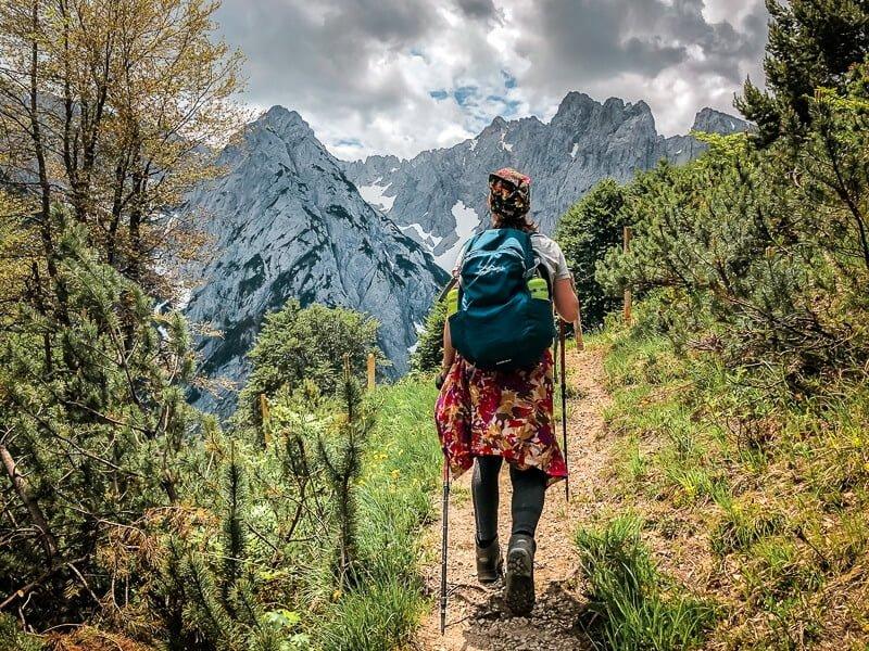 Wilder Kaiser Koasa Trail Wandern Etappe 2 Wanderweg Bergblick
