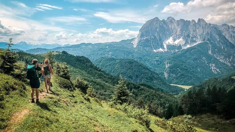 Wilder Kaiser Koasa Trail Wandern Etappe 3 Teufelsgasse Wanderweg