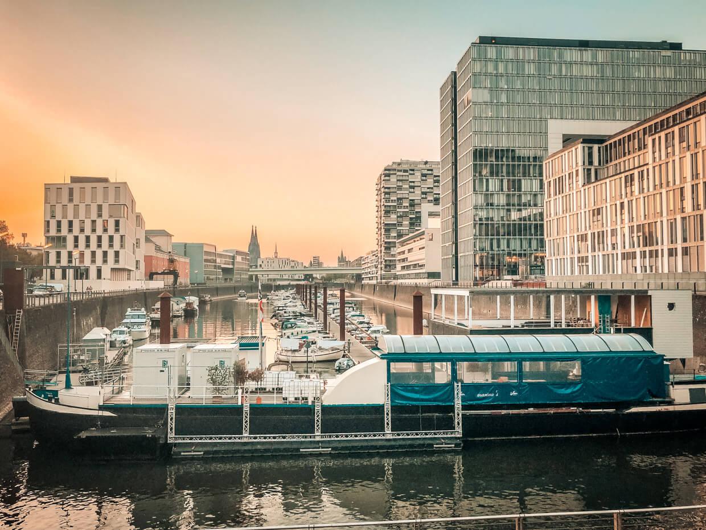 Köln Sehenswürdigkeiten Rheinauhafen
