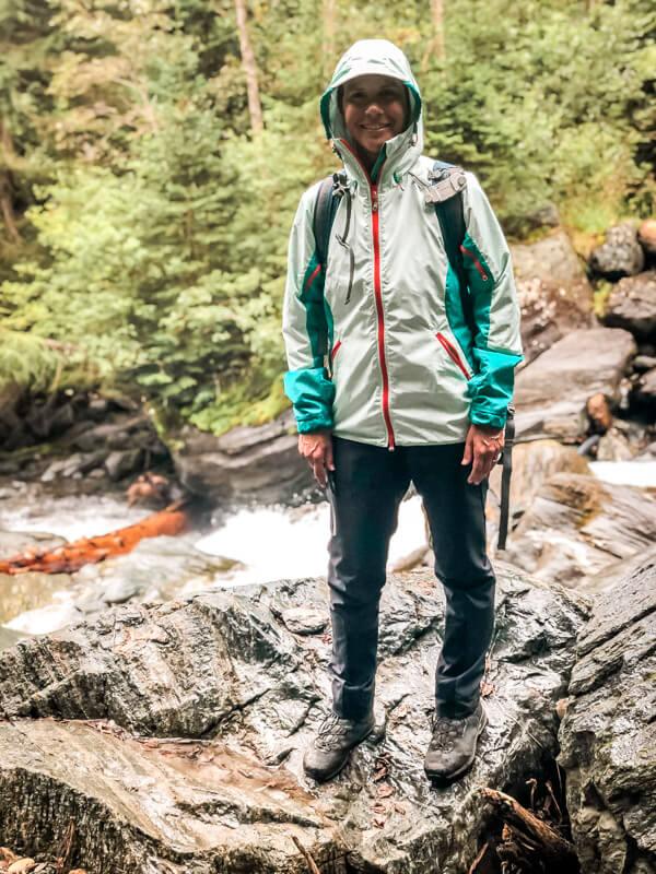 Regenjacke Andina Páramo Packliste wandern Ausrüstung
