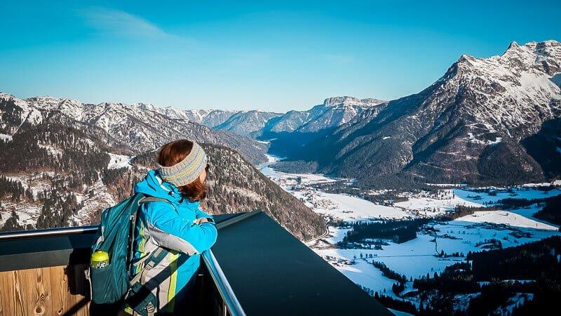 Aussicht auf das Pillerseetal vom Jakobskreuz der Buchensteinwand Gipfel