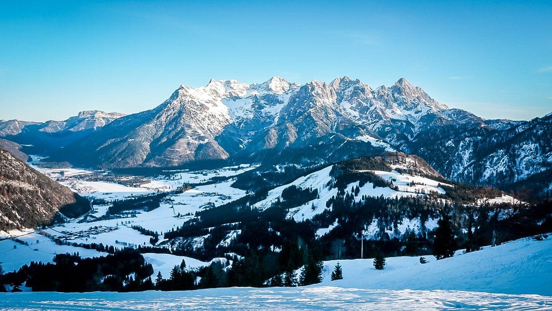 Pillerseetal Aussicht auf die Leoganger Steinberge von der Buchensteinwand