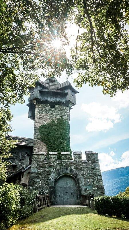 Burg Falkenstein bei Obervellach Alpe Adria Trail Etappe 8