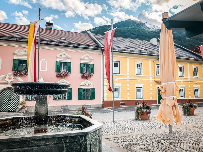 Marktplatz in Obervellach Alpe Adria Trail Etappe 7