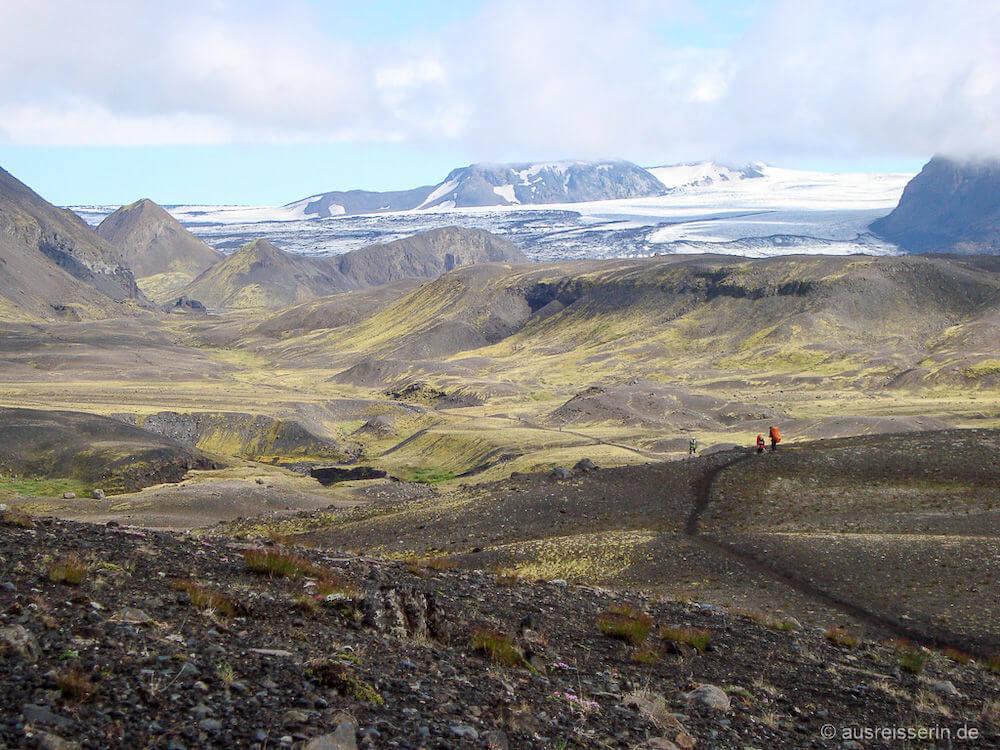 Fernwanderwege Europa: Vulkan- und Gletscherlandschaft auf dem Laugarvegur in Island