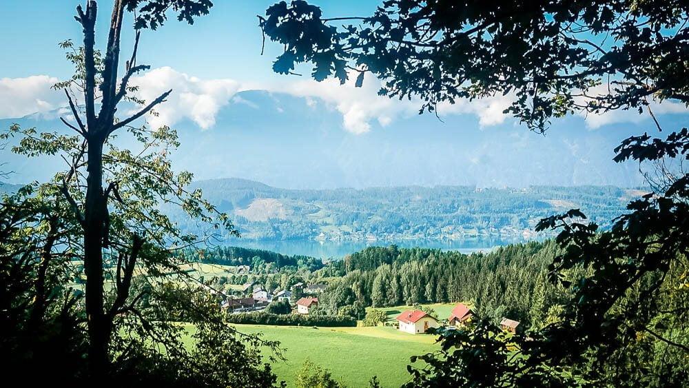 Wiesen- und Waldlandschaft rund um den Millstätter See