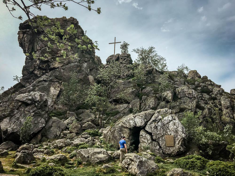 Wandern im Sauerland an den Bruchhauser Steinen - Feldstein