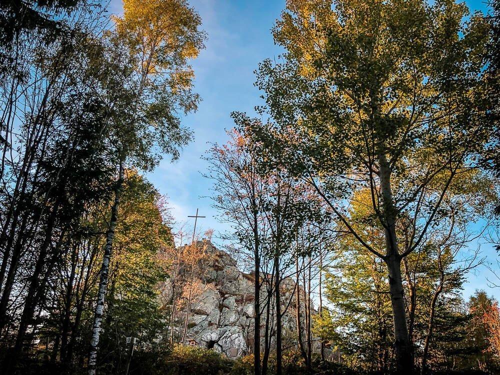 Herbstliche Abendstimmung auf dem Weg zum Feldstein an den Bruchhauser Steinen