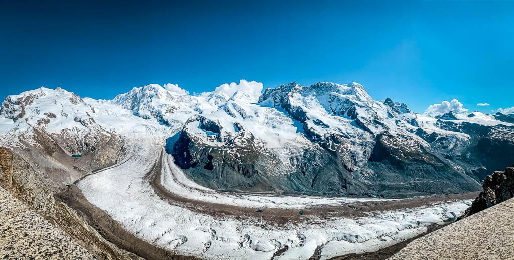 Gornergletscher an der Bergstation der Gornergratbahn