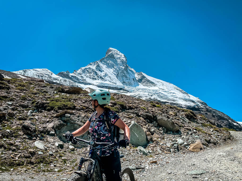 Zermatt Biken: Couchflucht mit Mountainbike am Matterhorn