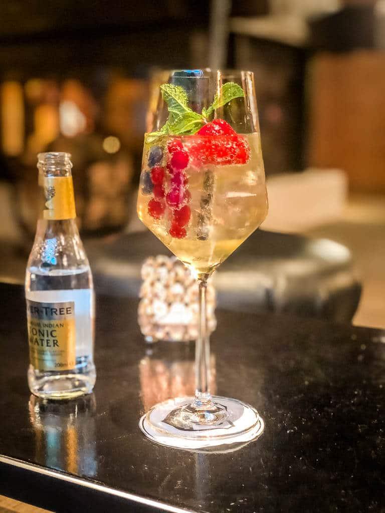 Cocktail-Drink in der Bar Hotel Alpenhof in Zermatt
