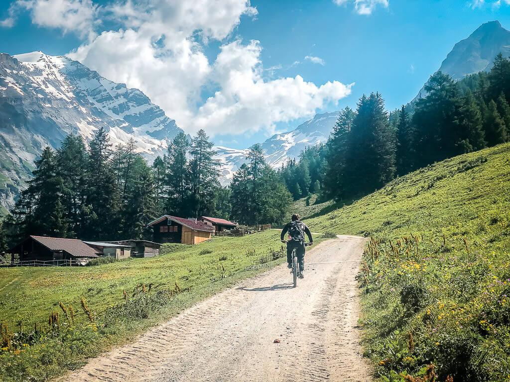 Mountainbiken in Leukerbad auf dem alten Römerpfad