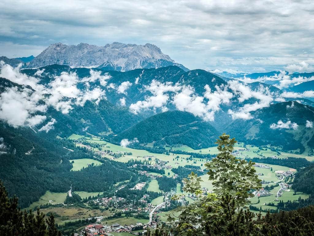Ausblick vom Schafelberg auf das Pillerseetal und die Steinberge