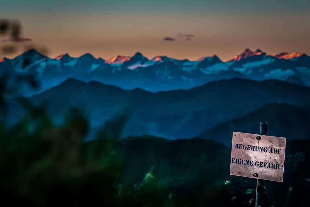 Sonnenaufgang Henne Bergpanorama und Klettersteig
