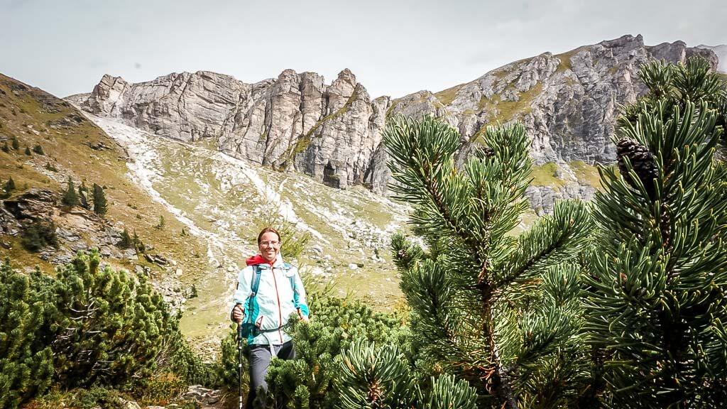 Couchflucht Sabrina Bechtold wandert in den Nockbergen auf dem Alpe-Adria-Trail