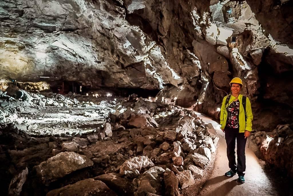 Couchflucht Sabrina Bechtold in der Höhle Heimkehle im Südharz