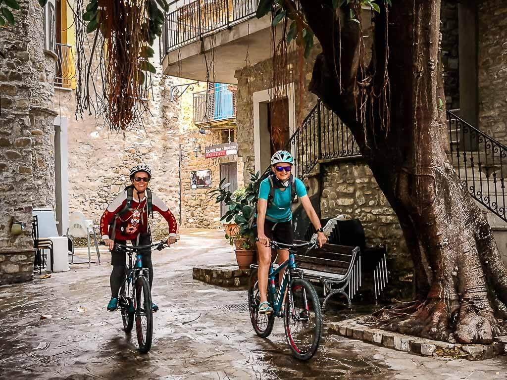 Frosch Sportreisen Mountainbike Tour nach Acciaroli im Cilento mit Couchflucht