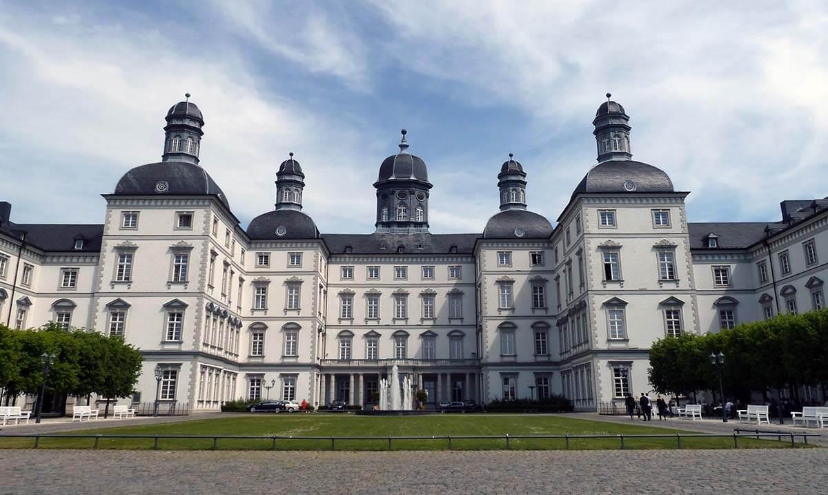 Wandern Bergisches Land Schloss Bensberg