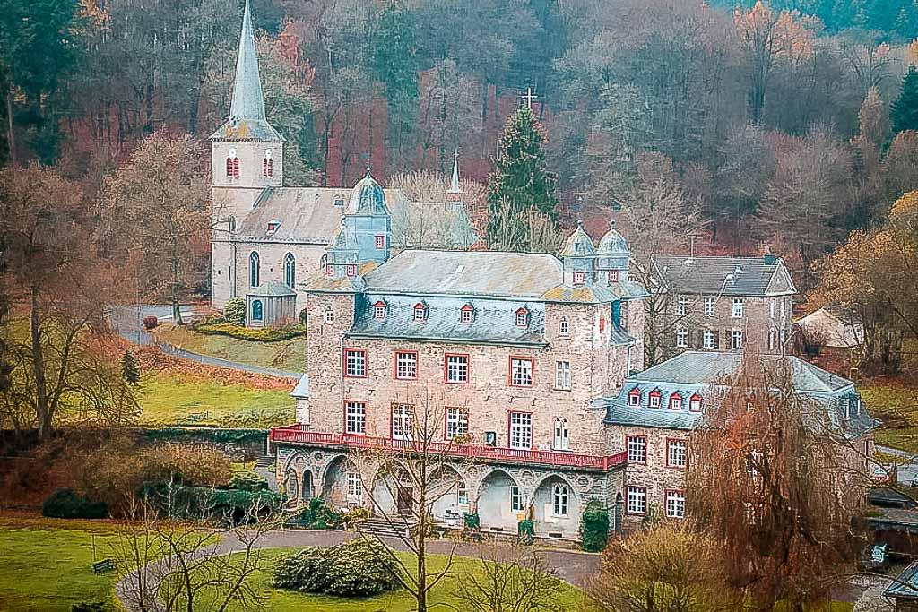 Bergisches Land Wandern bei Schloss Gimborn bei Marienheide