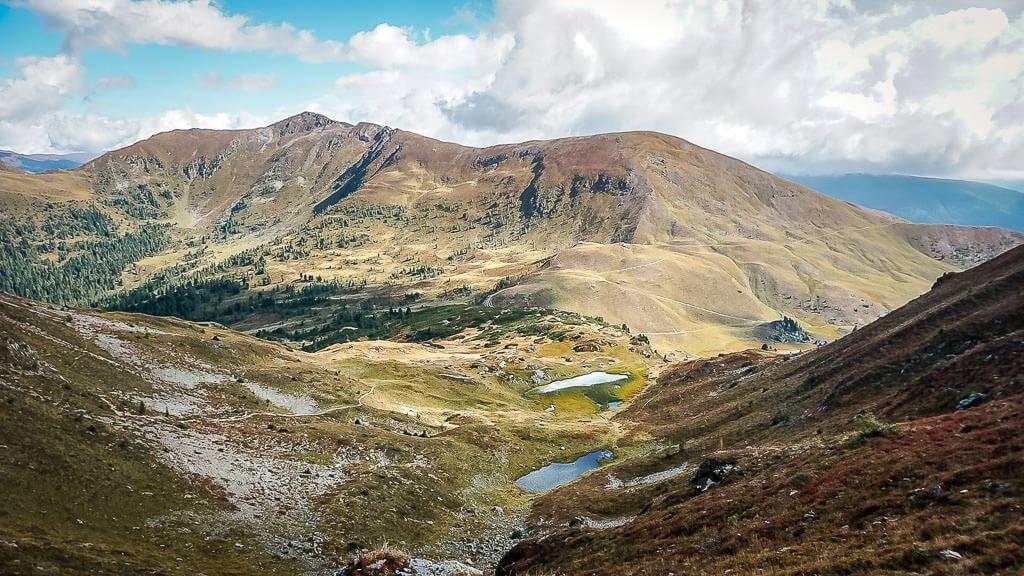 Nockberge wandern auf dem Alpe Adria Trail am Pfannock und den Pfannseen