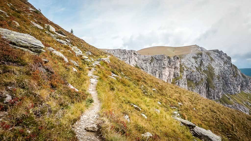 Wanderweg in den Nockbergen in Kärnten zum Predigerstuhl
