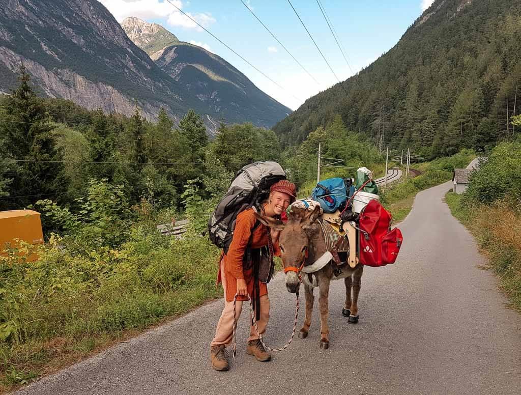 Wandern mit Esel Jonny und Lotta Lubkoll auf der Via Claudia Augusta über die Alpen