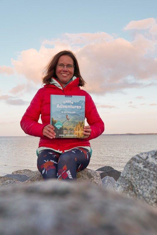 Couchflucht Sabrina Bechtold präsentiert das Buch Green Adventures in Deutschland an der Ostsee