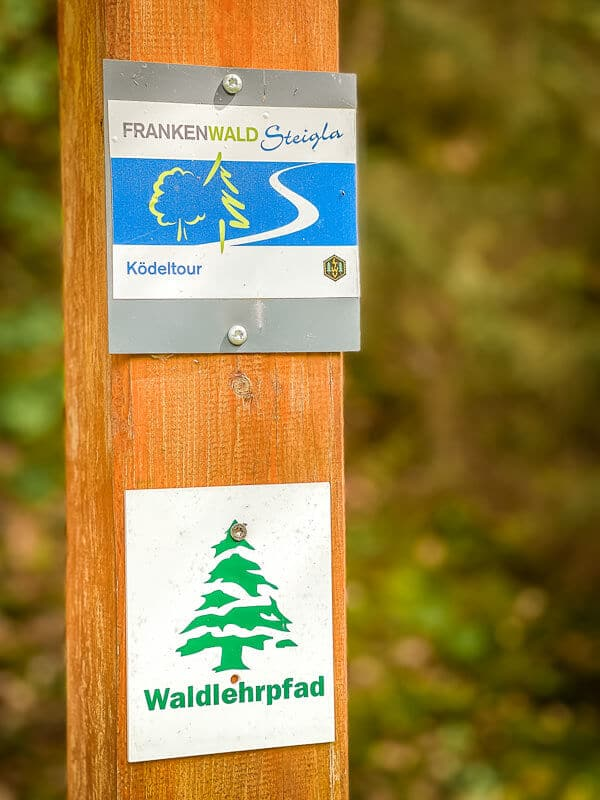 Frankenwald wandern - Markierung des Frankenwald Steigla Ködeltour