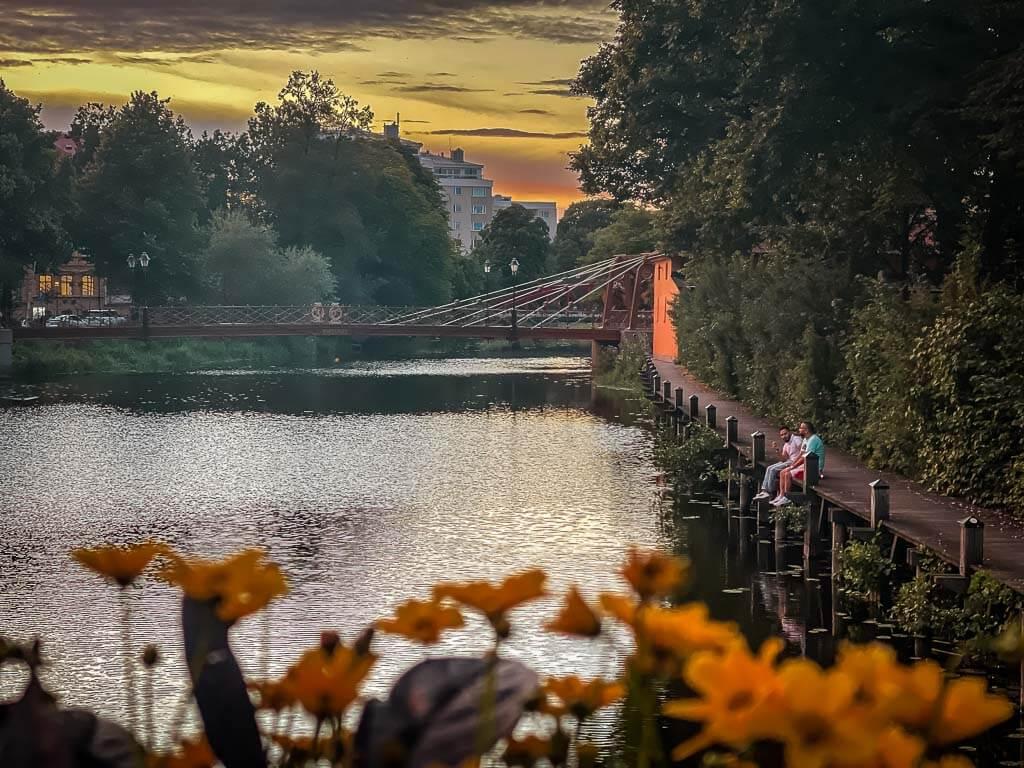 Abendstimmung am Flussufer des Fyrisan in Uppsala