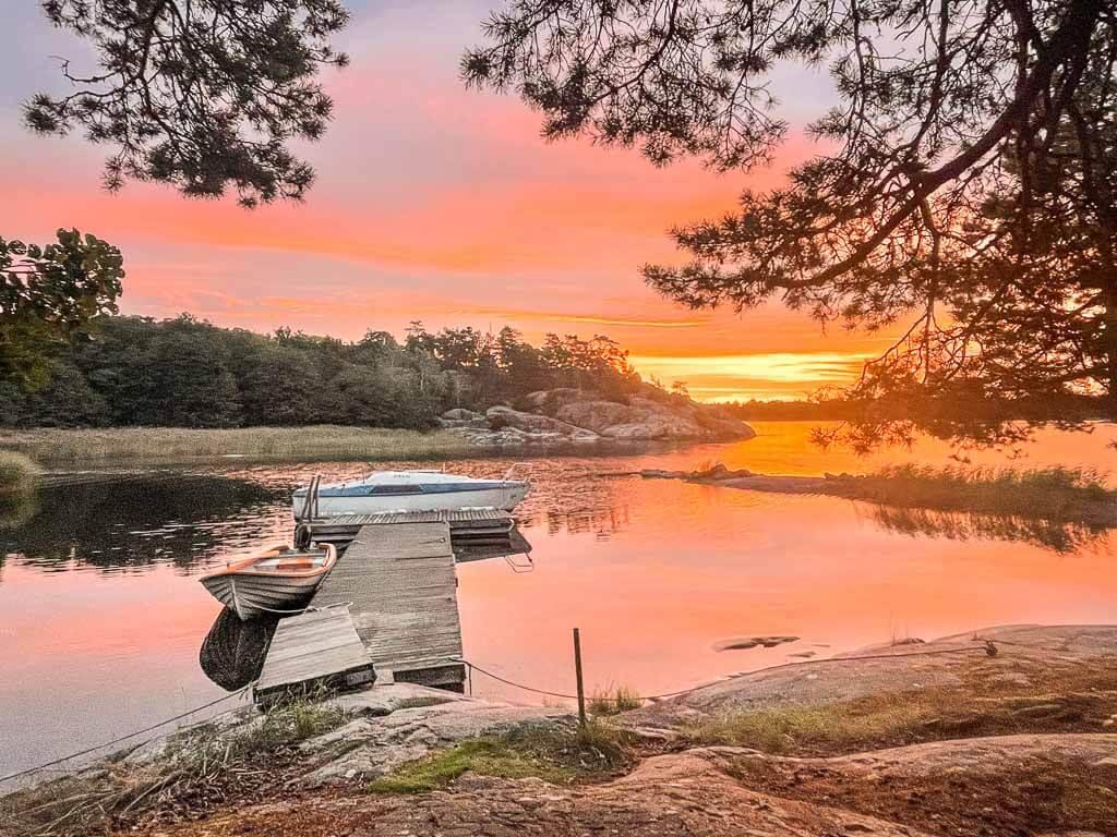 Idöborg Sonnenuntergang mit Booten